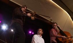 Splendor 't Zonnehuis Amsterdam-Noord: Trombone Bas Cajon