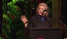 Jennifer Clement: 'Wapenliefde' – lezing