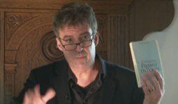 Joost Zwagerman: 'God is een plot'